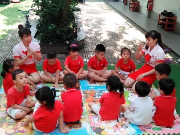 10 cách dạy con thông minh cha mẹ nào cũng có thể làm