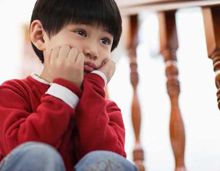11 điều không bao giờ được nói với cha mẹ có con bị tự kỷ