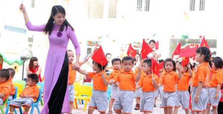 Niềm vui của các cô giáo tại trường mầm non