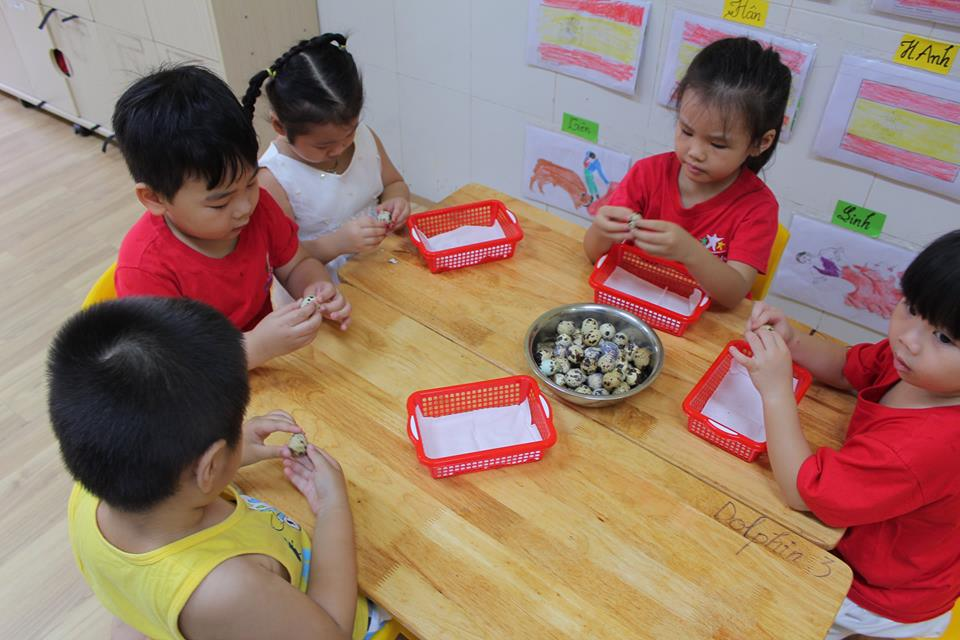 around-the-world-cung-truong-mam-non-go-vap-worldkids-2 (12)