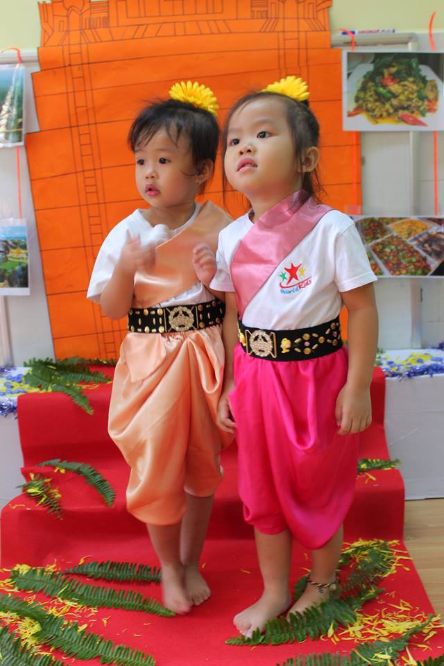 around-the-world-cung-truong-mam-non-go-vap-worldkids-2 (8)