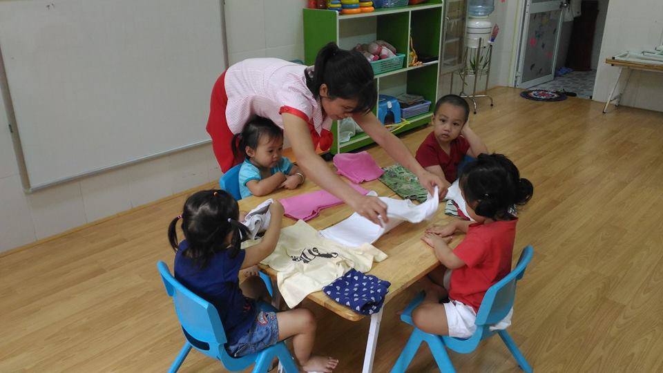 day-ky-nang-cho-ap-dung-phuong-phap-montessori-1