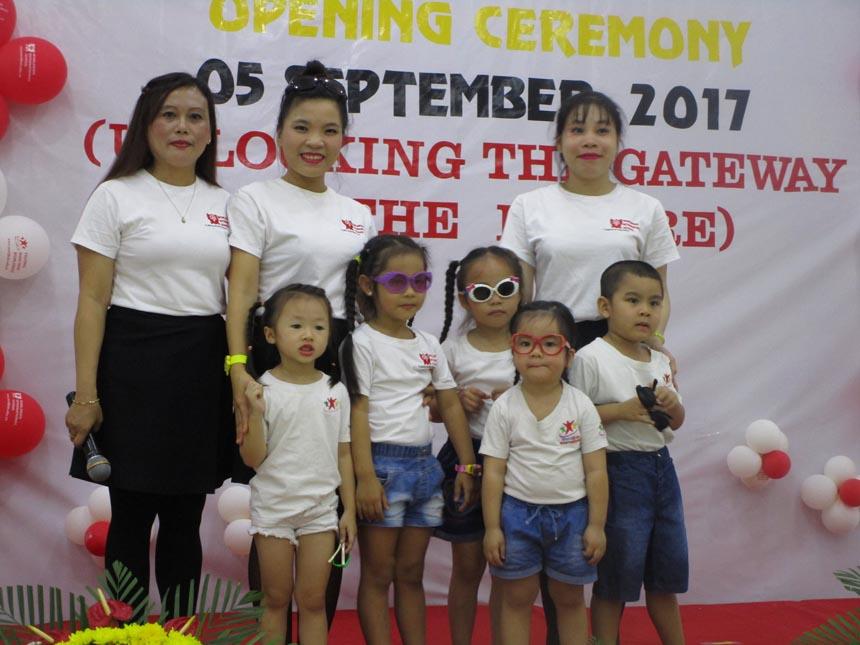 khai-giang-nam-hoc-2017-2018-cung-wis (11)