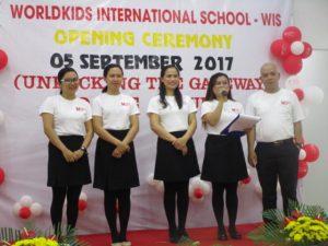 khai-giang-nam-hoc-2017-2018-cung-wis (12)