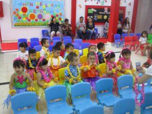 khai-giang-nam-hoc-2017-2018-cung-wis (2)