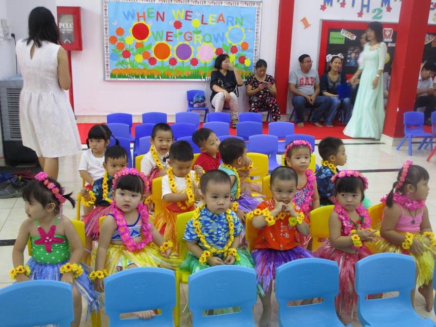 khai-giang-nam-hoc-2017-2018-cung-wis (3)