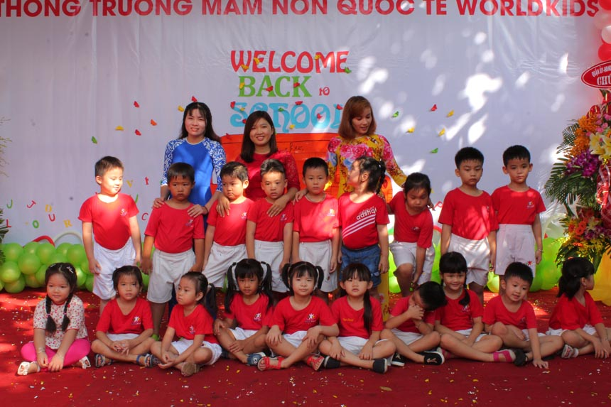 khai-giang-nam-hoc-2017-2018-cung-worldkids-2 (21)