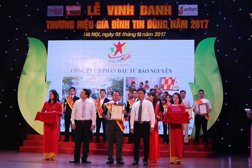 worldkids-vinh-danh-thuong-hieu-gia-dinh-tin-dung-lan-thu-nhat-4