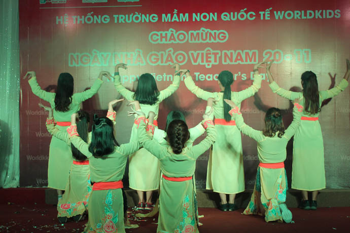nha-giao-viet-nam-20-11-cung-mam-non-worldkids (25)