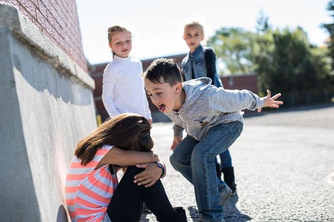 Các hành vi bắt nạt thường xảy ra giữa những đứa trẻ