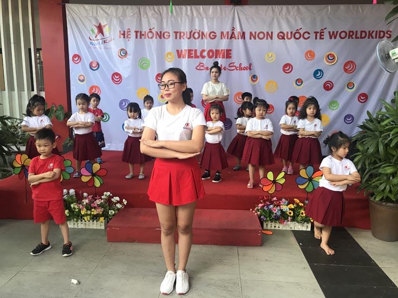 khai-giang-nam-hoc-moi-2018-2019-212 (9)