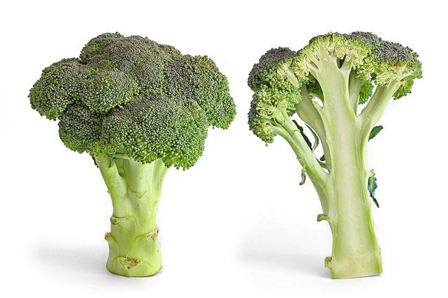 Bông cải xanh chế biến đúng cách sẽ là món ngon giàu protein cho trẻ.