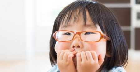 3 lý do khiến trẻ dễ bị cận thị