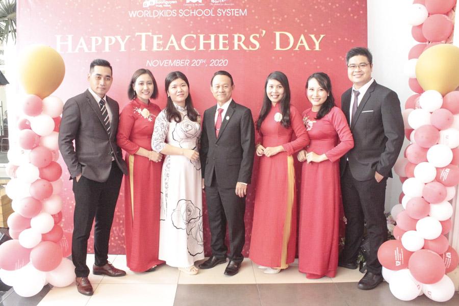 Ngày nhà giáo việt nam 20-11 tại worldkids