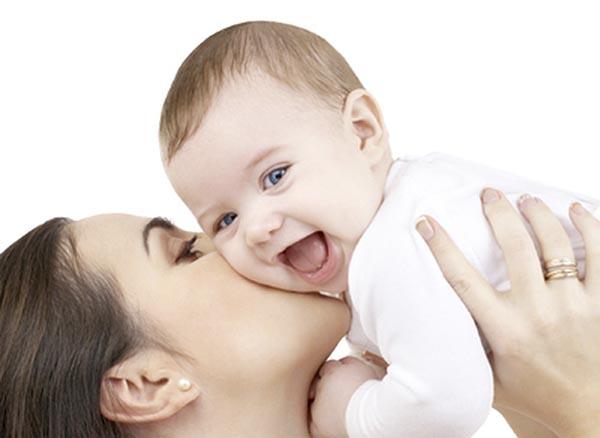 Trị 6 bệnh thường gặp của trẻ chỉ với một ít rau ngót