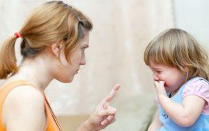 3 điều ba mẹ cần tránh khi dạy dỗ con cái