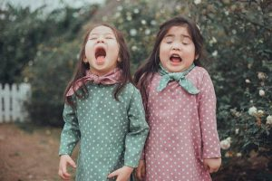 5 giai đoạn phát triển Tâm – Sinh lý ở bé gái