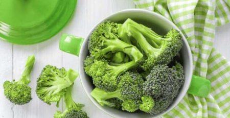 3 bí quyết giúp bé thích ăn rau
