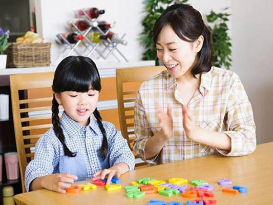 bố mẹ dạy toán cho con tuổi mầm non