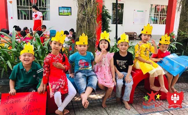 Hoạt động hội thi ngày Giỗ tổ Hùng vương tại trường mầm non dạy theo phương pháp montessori