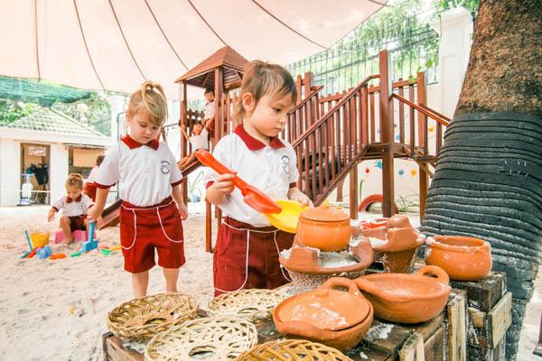 các trường mầm non dạy theo phương pháp montessori
