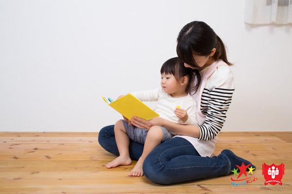 Trẻ 2 tuổi hoàn toàn có thể học nói tiếng Anh nếu áp dụng đúng phương pháp.