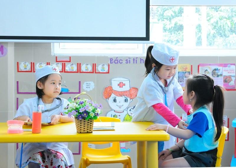 Dạy trẻ 2 tuổi học gì để bé hiểu biết nhiều hơn