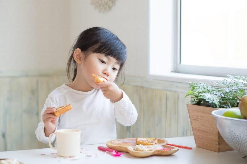 Dạy trẻ 2 tuổi học gì để trẻ tự lập hơn