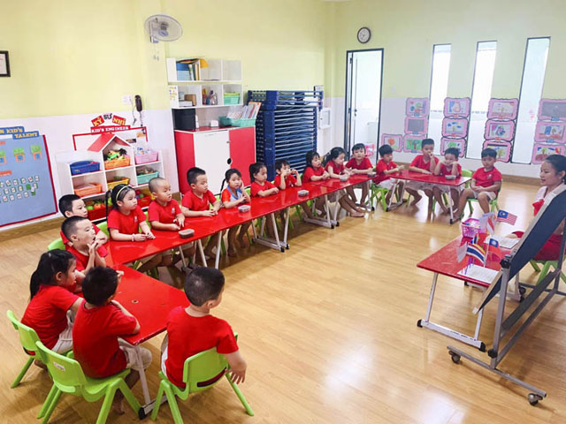 Giáo dục Montessori là giáo dục văn hoá!