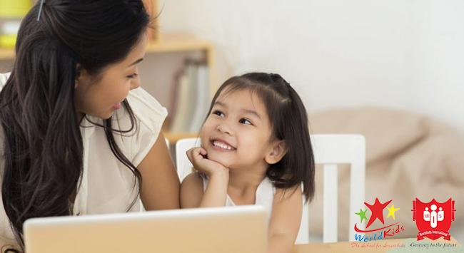 Học tiếng anh sớm giúp trẻ hoàn thiện khả năng diễn đạt bằng tiếng việt
