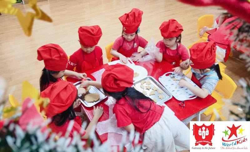 Lớp ngoại khoá dạy nấu ăn cho trẻ em