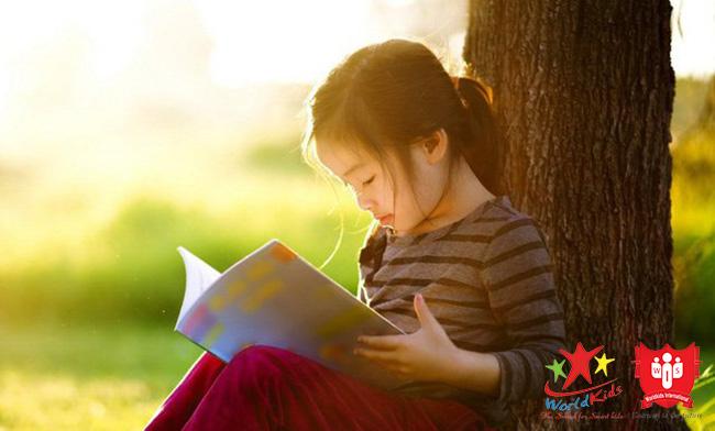 Cách phát hiện năng khiếu của bé có thể cảm thụ văn học bẩm sinh.