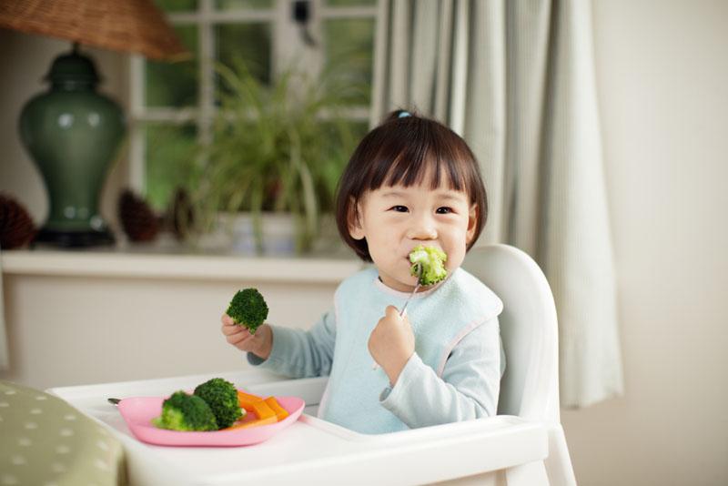Phương pháp giúp trẻ sơ sinh thông minh bằng các nguyên liệu đơn giản.