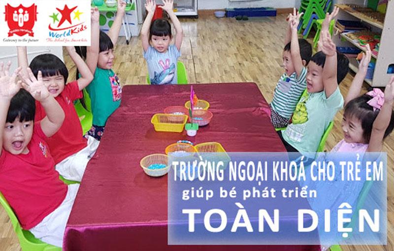Tham gia các lớp tại trường ngoại khóa cho trẻ em giúp các bé phát triển toàn diện.