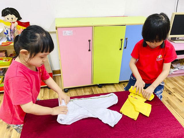 Tìm hiểu về phương pháp Montessori trong sinh hoạt hằng ngày.