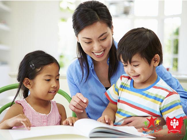 Luôn khuyến khích con tuổi lên 5 học tiếng Anh thông qua mọi giác quan