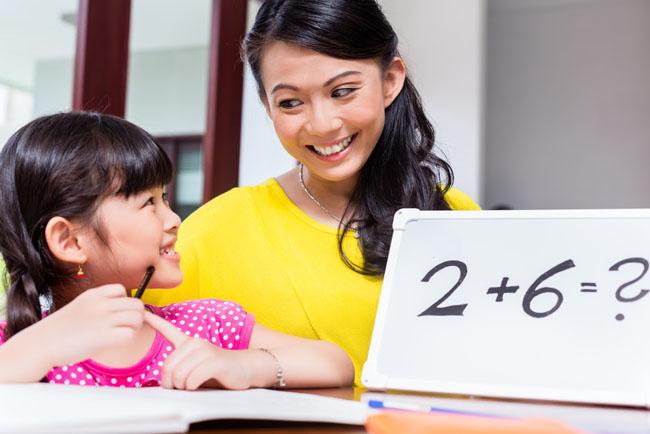 Dạy bé học toán mầm non với sự vui vẻ thích thú là một công việc cần cha mẹ chú tâm nhiều.