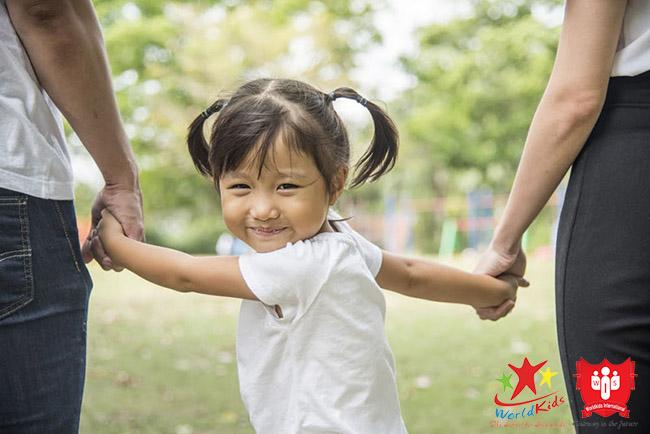 quy tắc bàn tay gói gọn các kỹ năng sống cho trẻ 5