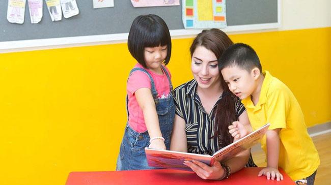 Chọn được giáo viên tốt sẽ giúp con tiến bộ mỗi ngày