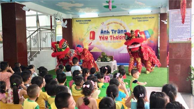 Lễ hội trung thu các trường mầm non quận 1 Tân Định