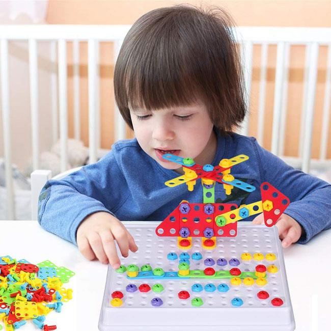 Kích thích trí thông minh của trẻ thông qua trò chơi lắp ráp
