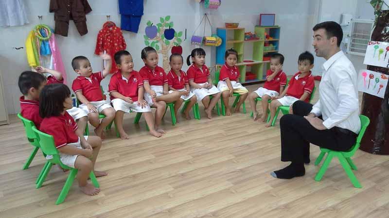 Lớp dạy kỹ năng giao cho trẻ em giúp bé nhanh nhẹn và xử lý tình huống tốt hơn.