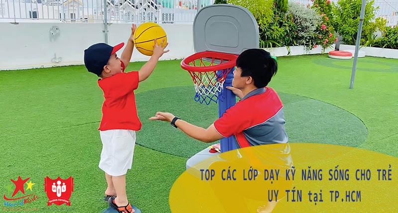 lớp dạy kỹ năng sống cho trẻ