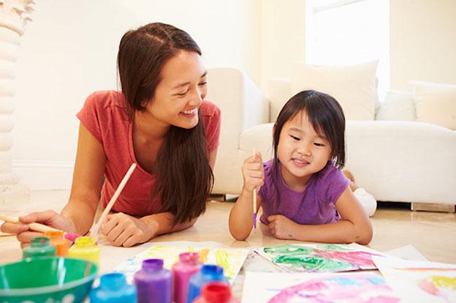 Phương pháp học tiếng Anh cho trẻ bằng cách làm đồ thủ công.