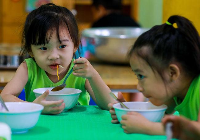 Thực đơn giàu dinh dưỡng giúp trẻ tăng cường sức khỏe, phát huy trí não tốt nhất