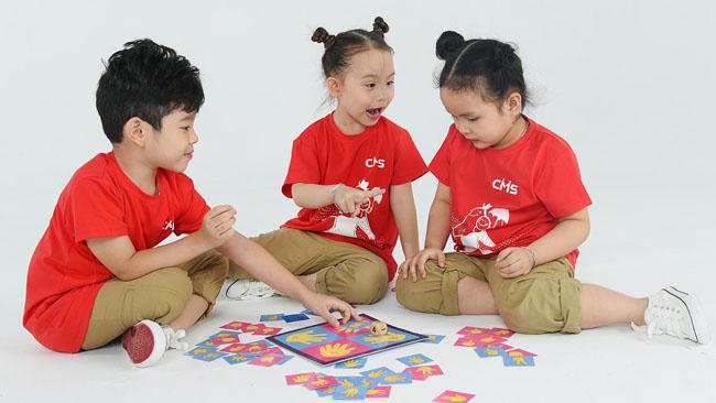 Cho trẻ tự tranh luận, phản biện sẽ giúp cho trẻ nhanh phát triển hơn