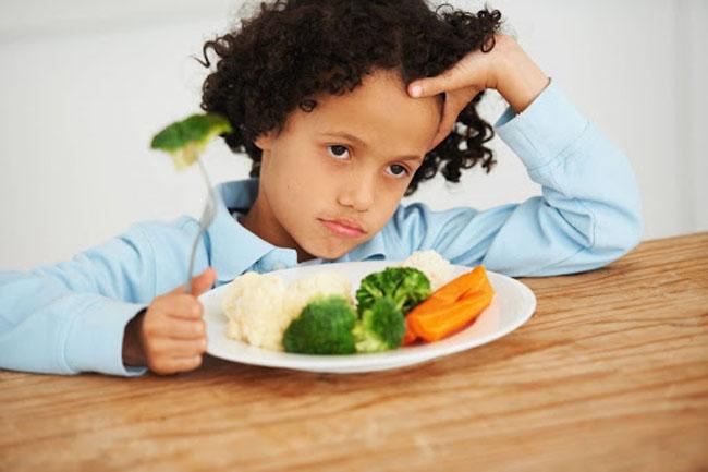 Xây dựng thực đơn cho trẻ mầm non hợp lý giúp bé hết biếng ăn
