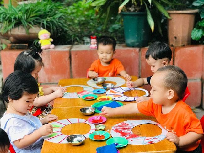 trường cho bé 6 tháng tuổi thế giới trẻ thơ