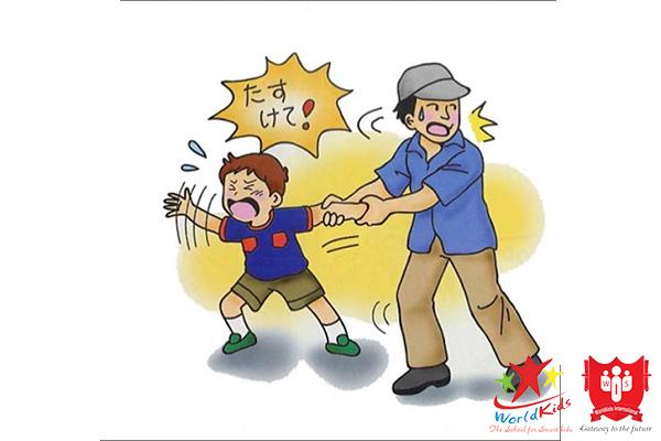 Dạy trẻ cách kêu cứu trong các trường hợp bị người lạ xâm hại
