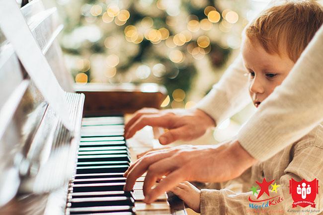 phương pháp giáo dục sớm montessori bằng giác quan